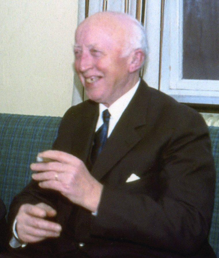 Mejeribestyrer Carl A Knudsen